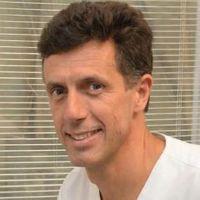 Dr. Claudio Ibañez