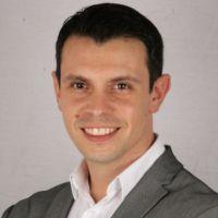 Dr. Lucas Echandia